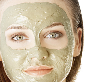 Heal Your Skin with Bentonite Clay
